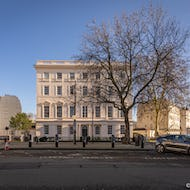 Building next to the Belgrave Square
