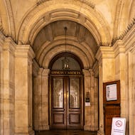 Entrance to Linnean Society