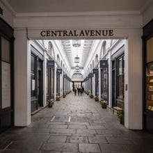 Central Avenue inside of Covent Garden Market