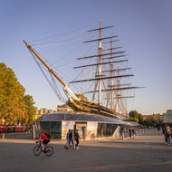 Cutty Sark from the front