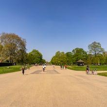 Broad Walk in Kensington Gardens