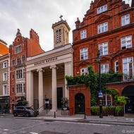 Mercato Mayfair from the outside