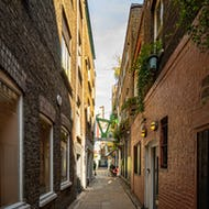 Alleyway leading to Neals Yard