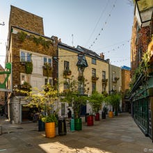 Neals Yard view towards 26 Grains and Redemption Bar