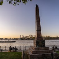 Bellot Memorial Greenwich with Canary Wharf in the background