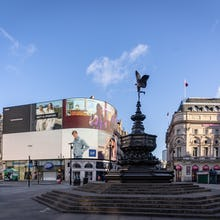 Shaftesbury Memorial Fountain in the middle of Piccadilly Circus