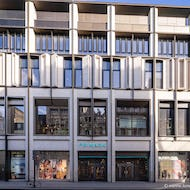 Primark on Oxford Street from the front