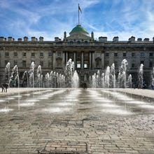 Fountain in the courtyard of Somerset House