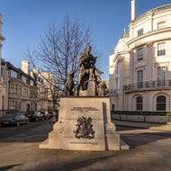 Statue of Sir Robert Grosvenor near Belgrave Square Garden