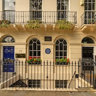 Virginia Woolf used to live in one of the houses surrouding Fitzroy Square